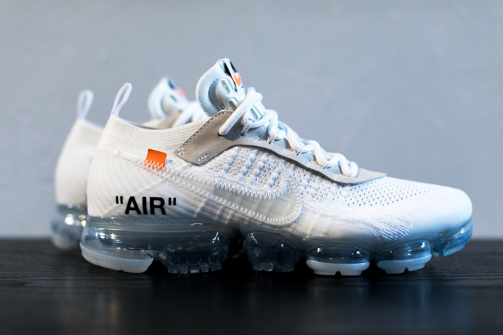 2f596cc69a8d2 sneakers-a-ne-pas-manquer-avril-2-nike-off-white-vapormax-white-adidas-yeezy-500-desert-rat-blush-converse-sneakersnstuff-6.jpg
